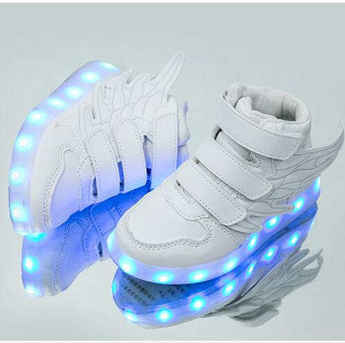 New LED Casual Shoes Kids Sneakers Fire Lights Up Shoes Children Skate Shoes USB Charging Boys Girls Glowing Sneaker