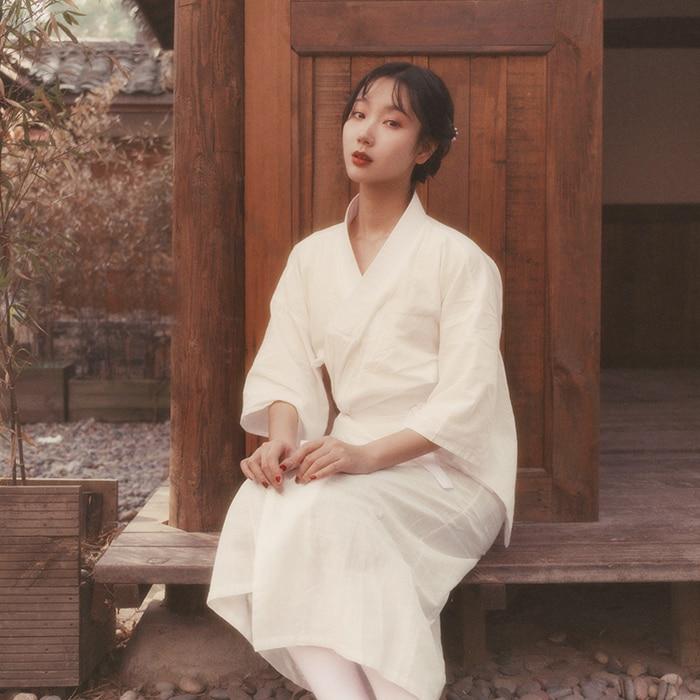 Traditional Yukata Cotton Linen Vintage Long Robe Stage Performance Clothes White Women Kimono Japanese Style Cosplay