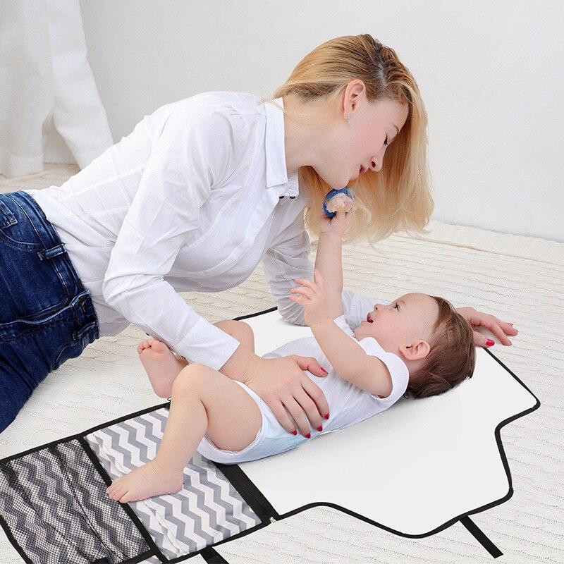 Nouveau-né Septate Mat fonction Portable bébé couche rembourrage stockage étanche échange tampon d'urine pliable 7-9 4-6 0-3 mois