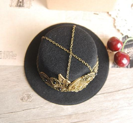 Handmade Gothic Mini Steampunk Victorian Top Hat and Gears Cogs Chains Hats Hair Clip Costume Accessory For Men Women 1