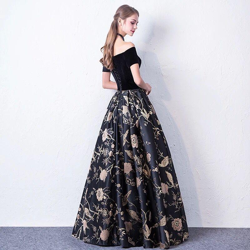 Long Black Celebrity Dresses 2018 Corset Back Sleeveless V Neck Formal Evening Gown