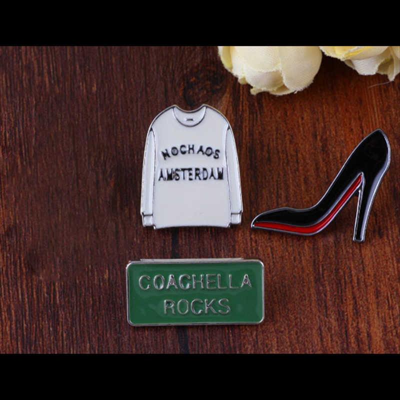 Ropa sin TAFREE, zapatos de tacón alto, letras del alfabeto en forma de alfileres de solapa insignia de esmalte para mujeres bolsa de sombrero COACHELLA rocas broches