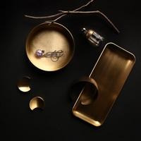 Scandinavian Metal Office Table Storage Plate Matte Nordic Brass Elegant Luxury Jewelry Sundries Storage Tray Organizer Decor