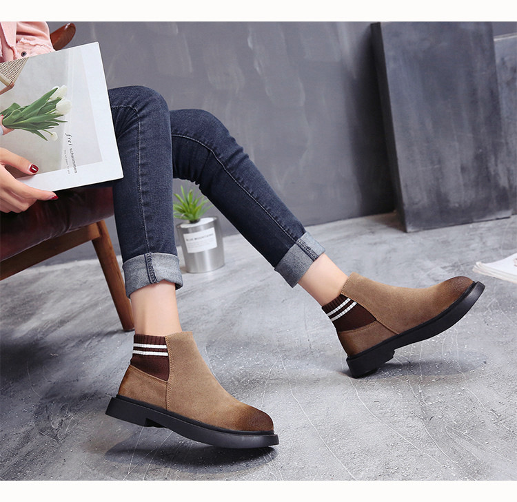 The new autumn 2018 Martin boots flat short tube with restoring ancient ways round head women's boots 50