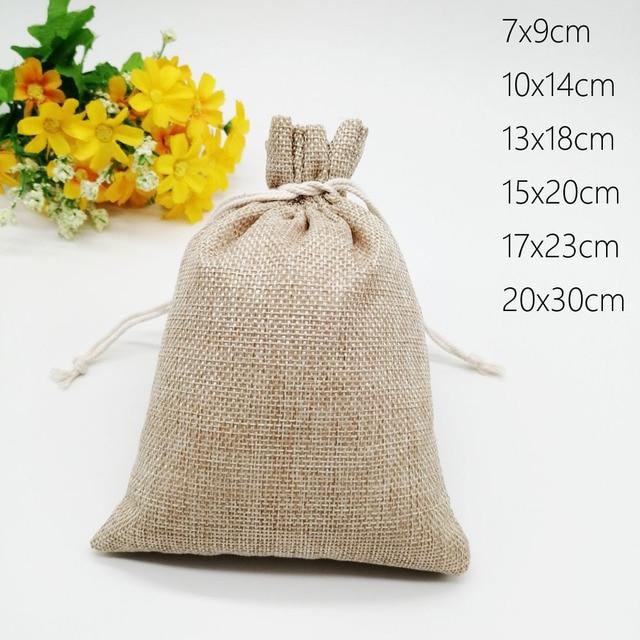 100 unids/lote 7x9 15x20cm Vintage Natural arpillera Lino yute bolsa de regalo yute bolsa de embalaje de regalo bolsas de regalo con cordón para boda