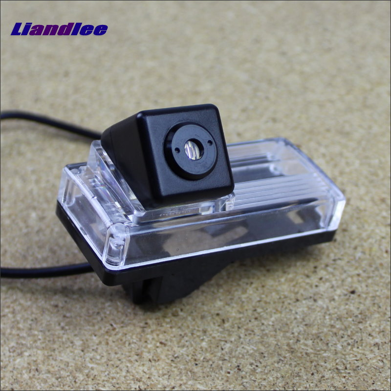 Liandlee Car Tracing Cauda Laser Light For Toyota Land Cruiser LC 200 LC200 2008 ~ 2014 Special Anti Fog Lamps Rear Lights car tracing cauda laser light for volkswagen vw jetta mk6 bora 2010 2014 special anti fog lamps rear anti collision lights