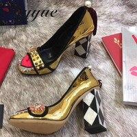 Новые женские туфли лодочки из натуральной кожи, украшенные цветами, женские туфли лодочки на массивном каблуке с круглым носком и бахромой