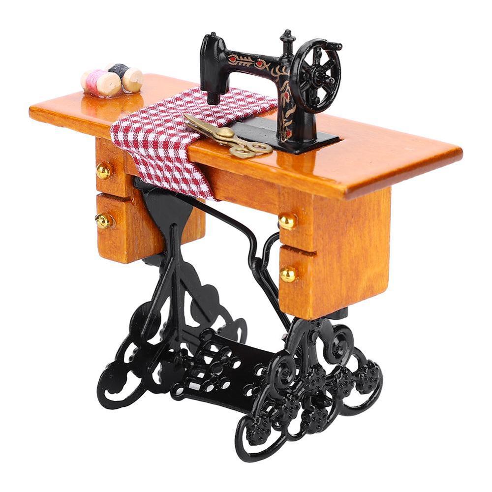 1:12 Dollhouse Vintage Metal Black Table Sewing Machine Miniature Decor Toy Gift