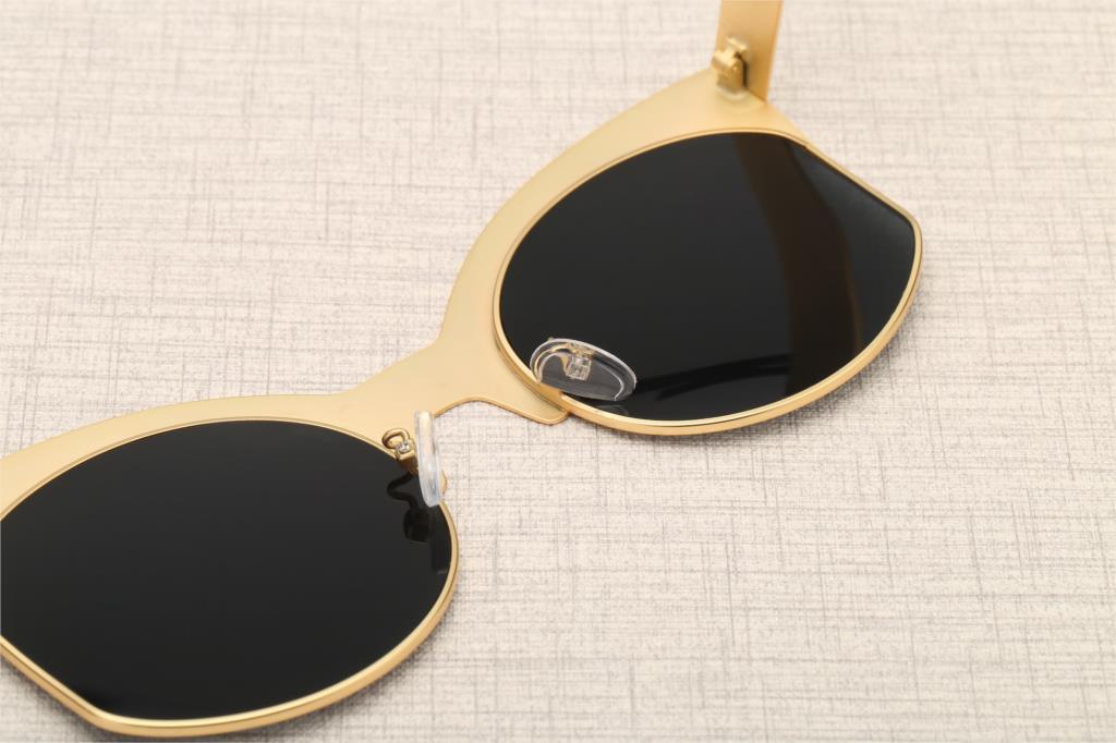 Nero Modo Mezzo blue Sole gold Silver Di Dimensioni Grey Cateye Eyewear gun Da 2018 Donne Keeper Metallo Grey Pink Del Nuovo Grande Lungo Occhio Grandi Gatto Lusso Telaio Occhiali Black Silver gold xPwSH6x8nq