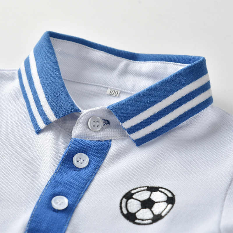 أعلى و أعلى الفتيان الملابس مجموعة طفل الملابس طفل الصبي قصيرة الأكمام كرة القدم التطريز الأبيض قميص قمم + السراويل الرضع رياضية