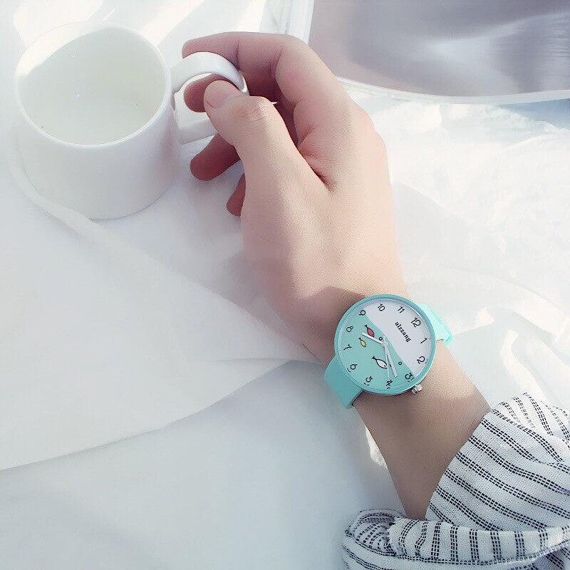 8SEASONS Silicone Multicolor Cute Swim Fish Quartz Wrist Watches Sea Round Plate Watch Trendy Simple Women Jewelry, 1 Piece Islamabad