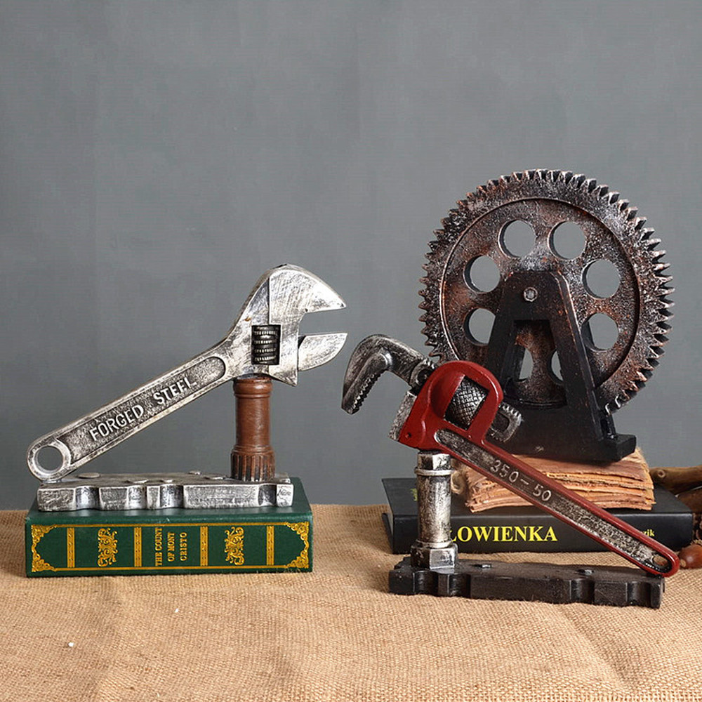 A PCS Retro industrial wind machinery gear living room decoration resin bar cafe window soft decoration AP518950