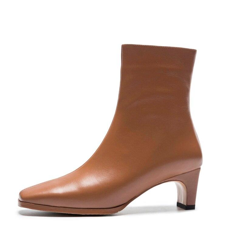 حقيقية جلد البقر حذاء من الجلد النساء جديد الخريف الشتاء غريبة منتصف الكعوب أحذية A298 أزياء السيدات المشمش البني أحذية سوداء برقبة-في أحذية الكاحل من أحذية على  مجموعة 3
