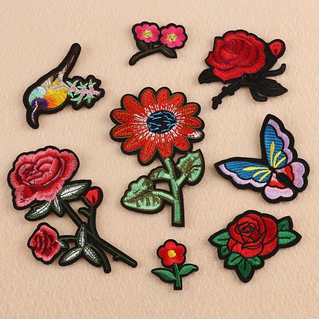 7ab0b23eafa33 10 piezas Floral apliques bordado parche para ropa parches chaqueta Jeans blusa  de placa de ropa