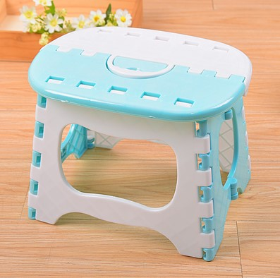 Light Blue Plastic Folding Stool Bright Blue Stools Para Children Step Ottoman Home Furniture For Kid Sitting Picnic Stools household stool kid game plastic stool green pink blue black color furniture shop children gift free shipping
