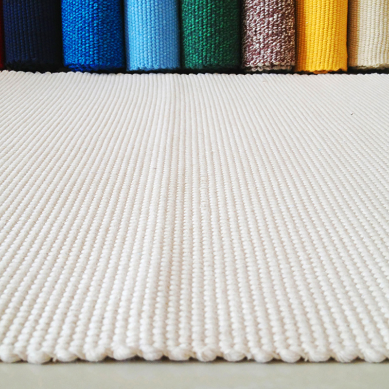 Hand woven thicken cotton carpet white bedroom rug kids soft play mats bay window pad sofa cushion natural and warm home decor