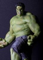 Avengers Figure Hulk / The Green Scar Big Size Super Cool 24 PVC Toys Free Shipping
