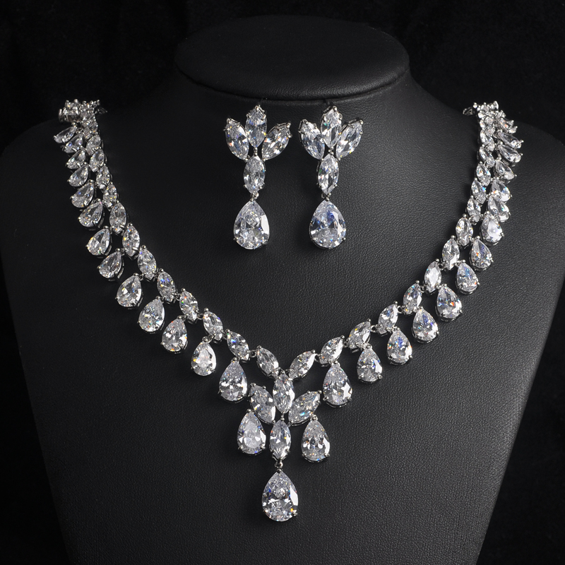 Sparkly Water Drop Shape Around Necklace Set  Full Cubic Zirconia Stone Jewelry Sets Women Bridal Dress Accessories Gift S-009Sparkly Water Drop Shape Around Necklace Set  Full Cubic Zirconia Stone Jewelry Sets Women Bridal Dress Accessories Gift S-009