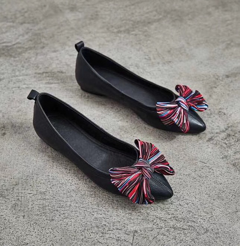 2019 New good quality Women Shoes Spring Summer Soft Insole Ladies Flat Shoes Causal leather women