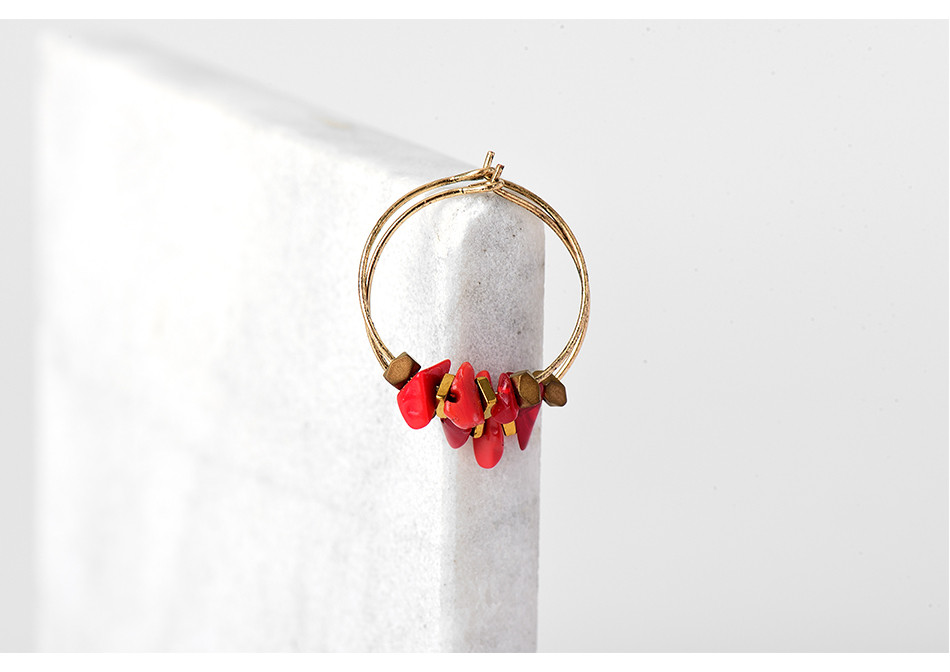 HTB1N2G4QFXXXXbVapXXq6xXFXXXU - Women Trendy Red Natural Stone Pendant Round Hoop Earrings Vintage Antique Gold Circle Hoop Earrings Jewelry