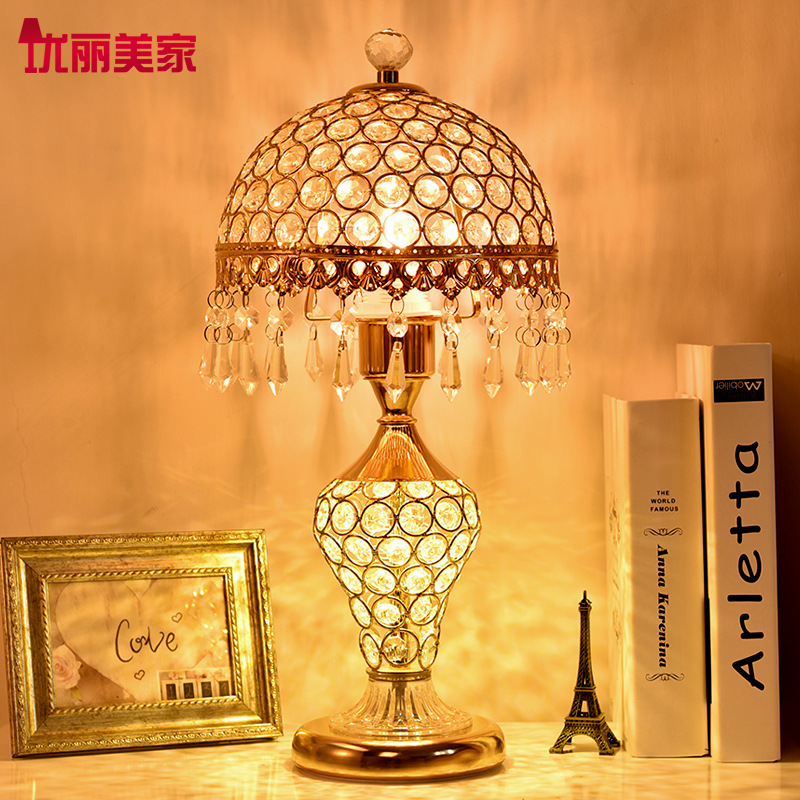 TUDA 2017 European Crystal Table Lamp for Bedroom Bedside Lamp Warm Living Room Luxury Wedding Creative Modern LED Table Lamp tuda 2017 now ceramic table lamp chinese wedding room bedroom bedside lamp bedside lamp simple modern ceramic decoration lamp