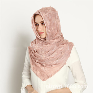 Image 3 - M3 Hohe qualität gefärbt gedruckt crinkle hijab plain viskose schal hijab schal frauen lange schal/schals 10 stücke 180*90cm