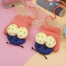 Children Gloves 2016 Winter Boys Girls Lanyard Gloves Fashion Cute Cartoon Acrylic Mittens Infant Thicking Knitted Warm Gloves