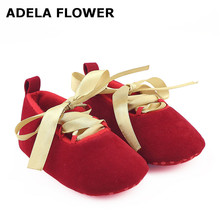 Купить с кэшбэком Adela Flower Gold Bow Lace-up Red Baby Girl Shoes Newborn Toddler Baby Crib Shoes Baby Moccasins Baby Schoentjes First Walker
