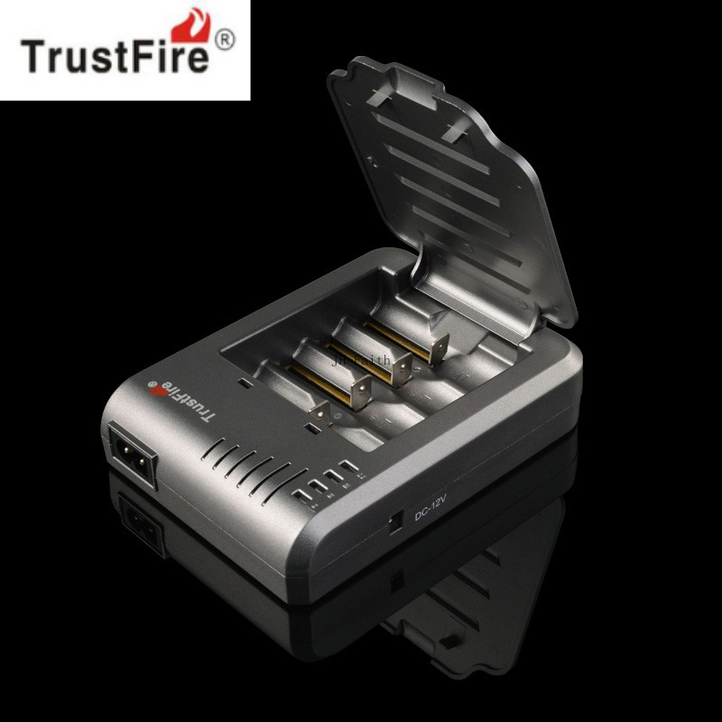 Trustfire Universal Charger TR-003 4P li-ion battery charger 18650/10430/10440/14500/CR123A/17500/17670 ...