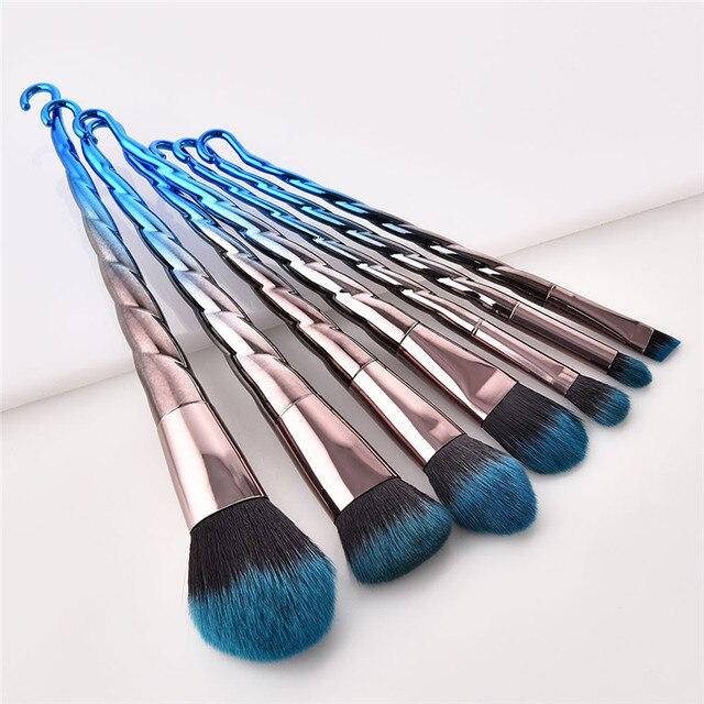 7Pcs Thread Hook Makeup Brushes Professional Slim Waist Eye Shadow Eyebrow Brush Set Flame Foundation Blending Powder Brush 4
