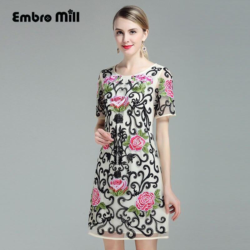 Здесь продается  Traditional chinese dress 2017 summer new  vintage royal embroidery floral mesh floral plus size elegant lady midi dresses M-4XL  Одежда и аксессуары