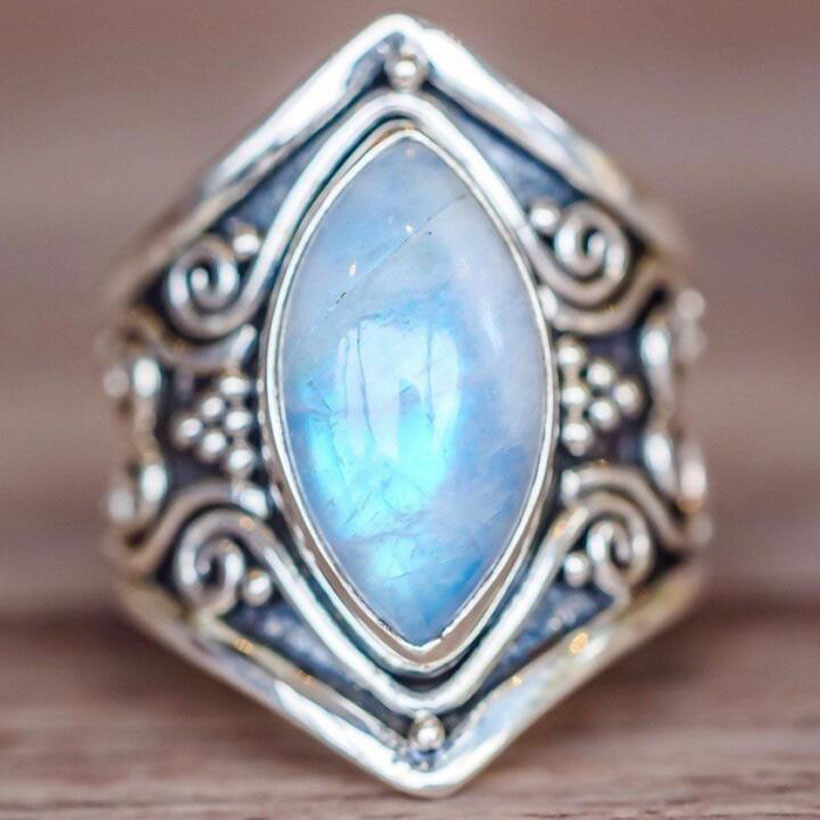 Fashion Women Antique Silver White Opal Stone Oval Wedding Ring For Female Punk Party Ring Jewelry Size5/6/7/8/9/10/11 RZ415