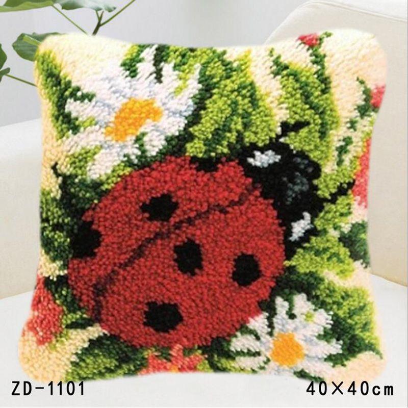 Us 14 88 46 Off Hold Pillow Ladybird Flower Latch Hook Rug Kits Handwerken Knooppakket Embroidery Pillowcase Crochet Pillows Kit In