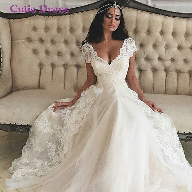 Свадебные платья с рукавами кружево