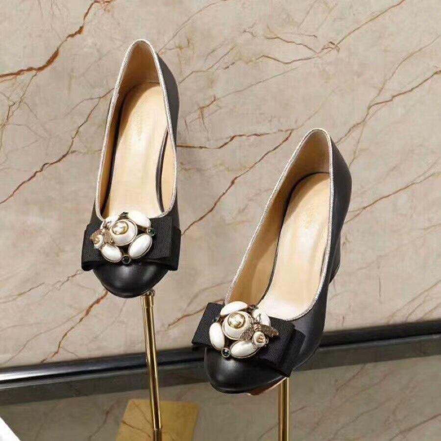 D'origine Simples Chaussures Dhl Libre noir Femmes Expédition À Classique Hauts Talons Cuir De Beige En Mince aqtWvPpW