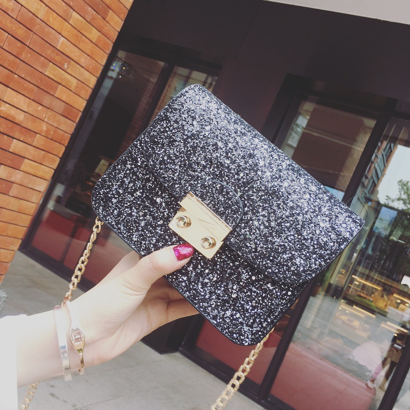 The New Arrived Fashion Shoulder Bag Korean Version Of The Simple Small Package Summer Chain Mini Bag Female Shiny Messenger Bag retro small square korean version of the printing bag graffiti shape shoulder mini oblique cross female package