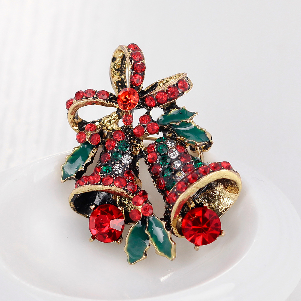 Small Christmas Gifts.Us 2 59 35 Off Mloveacc Crystal Rhinestone Small Christmas Gifts Bell Brooches Christmas Brooch Cute Lovely Women Jewelry Gift For The New Year In