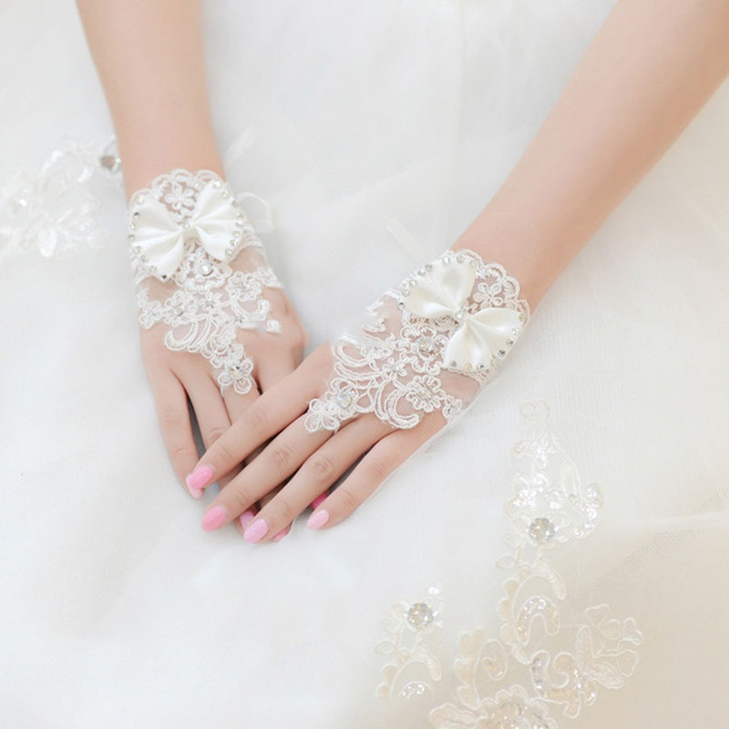 1 Pair Fashion Rhinestone Lace Brides Pretty Floral Bowknot Fingerless Short Gloves Beautiful White Gloves