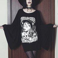 Plus Size Harajuku Casual Sexy Punk Black Gothic Long t shirts Women Loose Flare Sleeve Print Cartoon Female Goth 2019 Top Tees