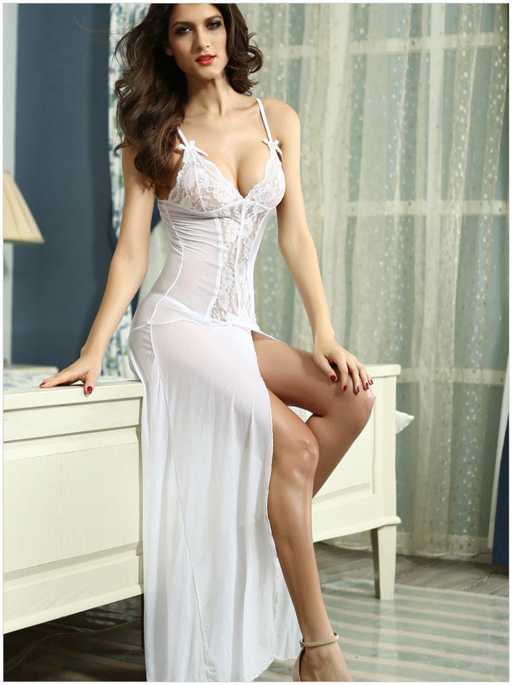 Models in sexy dresses