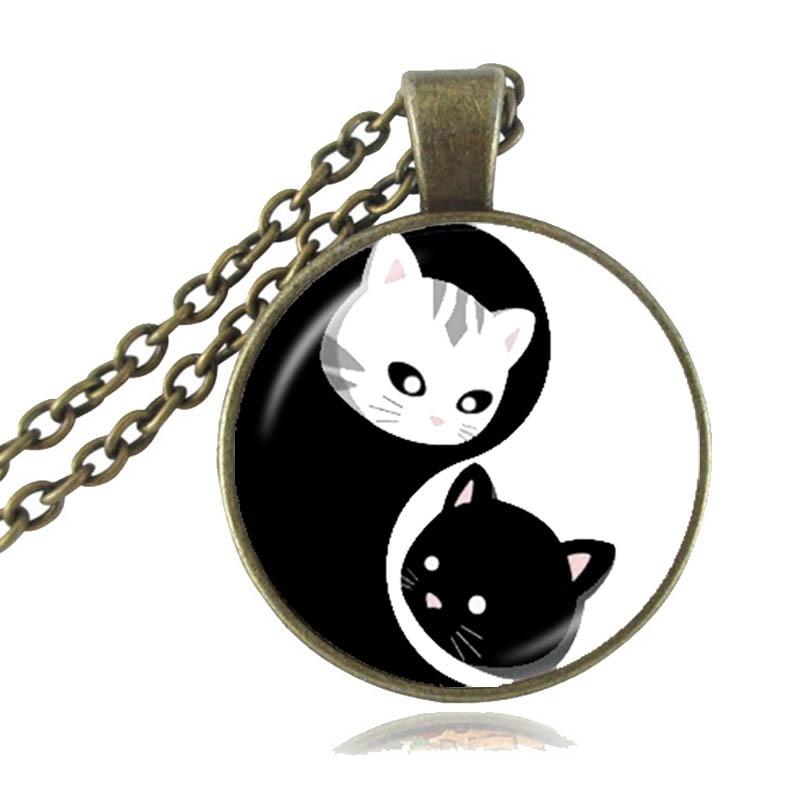 Yin Yang Katze Kitty Anhänger Schwarz und Weiß Acht diagramme Muster ...