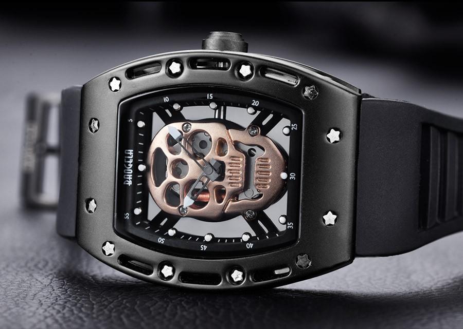 _17 montres Style squelette crâne lumineux