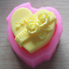 Love Rose Wedding Gift Soap making Silicone Molds 3D Heart Flower Mold DIY Craft Decorating Plaster Candle Mould