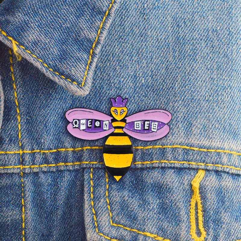 สีดำสีเหลืองลาย Bee เข็มกลัดสำหรับผู้หญิงสีม่วง QUEEN BEE Enamel Pin Denim แจ็คเก็ตกระเป๋า Badge เข็มกลัดแฟชั่นเครื่องประดับเด็กของขวัญ