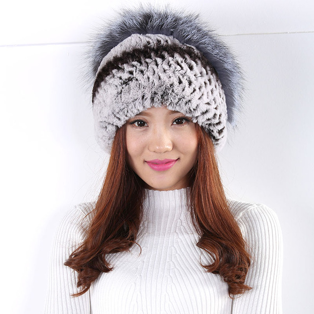 Women hat  Winter flowers  decoration fur hat warm fashion wild wool hat  Casual Fashion and generous fur pompom Hat  New 2016