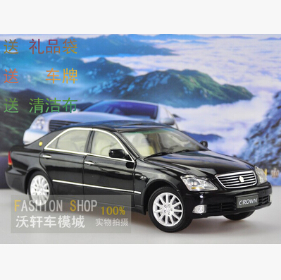 Hot sale TOYOTA CROWN 1:18 Original alloy car models Japan Luxury cars Home Collection Classic cars Birthday gif  gifts original 1 18 m ni champs 2015 turbo s alloy car models collection