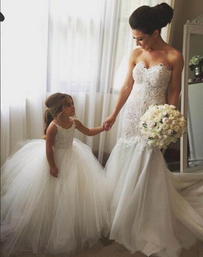 Lovely White   Flower     Girl     Dresses   Puffy Tulle Kids Prom Gown for First Communion Wedding Formal Party