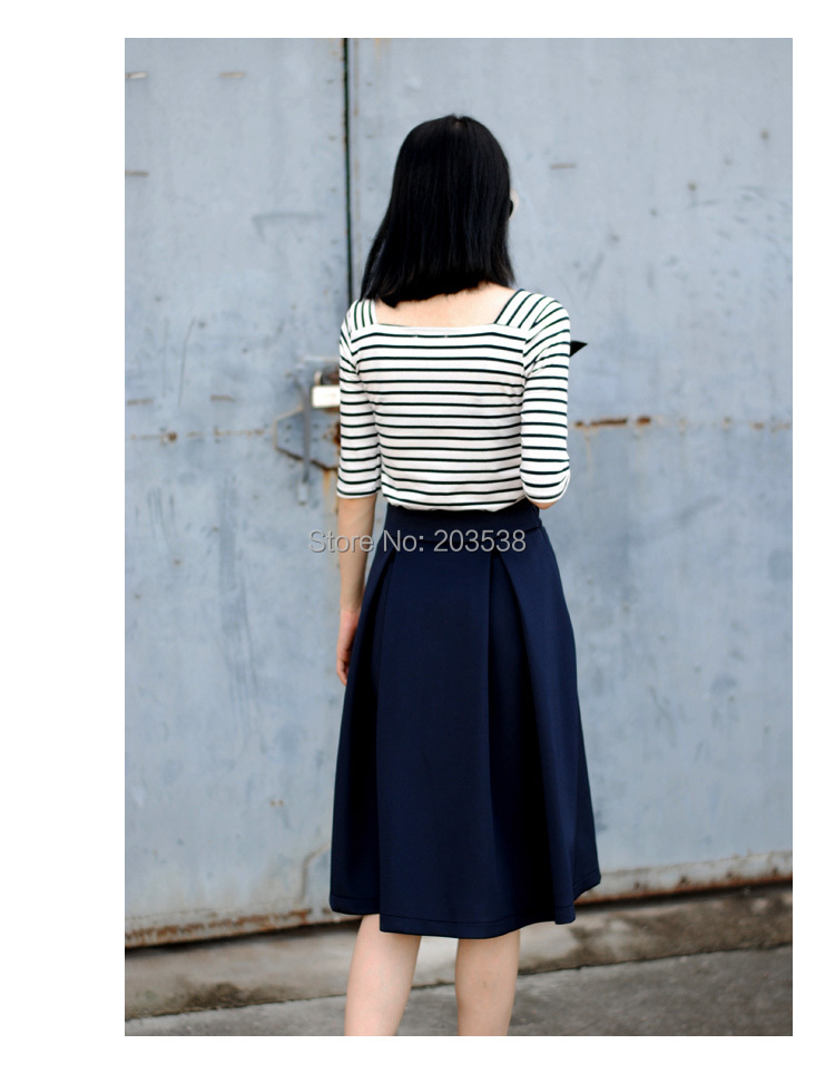 vogue mini skirts  20.jpg