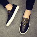 Corea afluencia de verano de los hombres de cuero zapatos de los hombres perezosos pedal zapatos respirables ocasionales de los hombres mocasines de cuero genuino zapatos de los planos