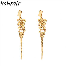 Zinc alloy material fashion long earrings lady exaggerated eardrop accessories wholesale